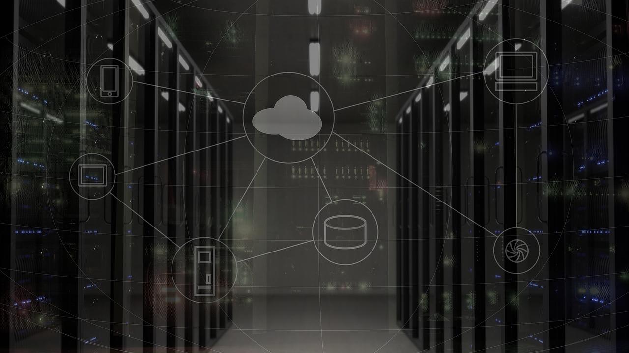 network-2402637_1280 Kiedy sięgnąć po serwer dedykowany, zamiast hostingu wirtualnego.