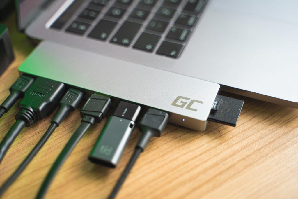 gc_connect60-27-1024x682 Hub USB-C, aby praca na Macbooku była łatwiejsza